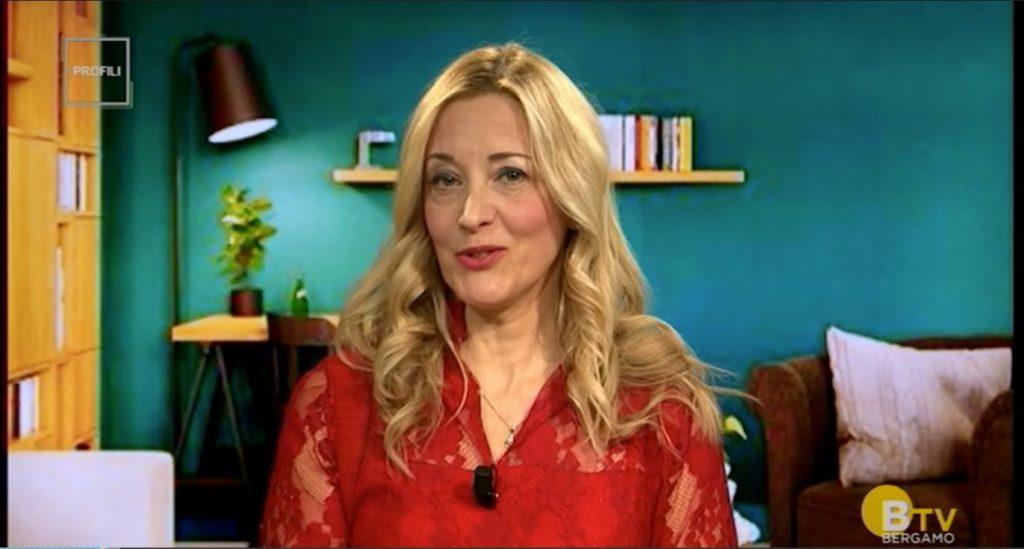 Intervista al direttore Damiana Natali alla trasmissione PROFILI vite da raccontare su Bergamo TV